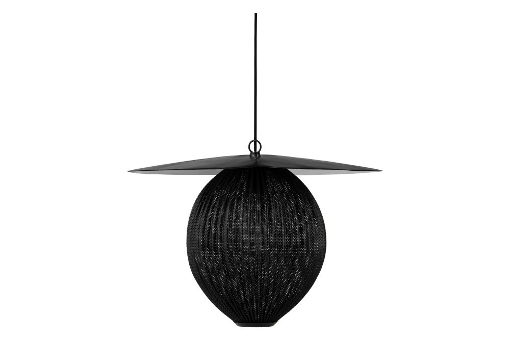 https://res.cloudinary.com/clippings/image/upload/t_big/dpr_auto,f_auto,w_auto/v1554123348/products/satellite-pendant-light-gubi-mathieu-mat%C3%A9got-clippings-11177795.jpg