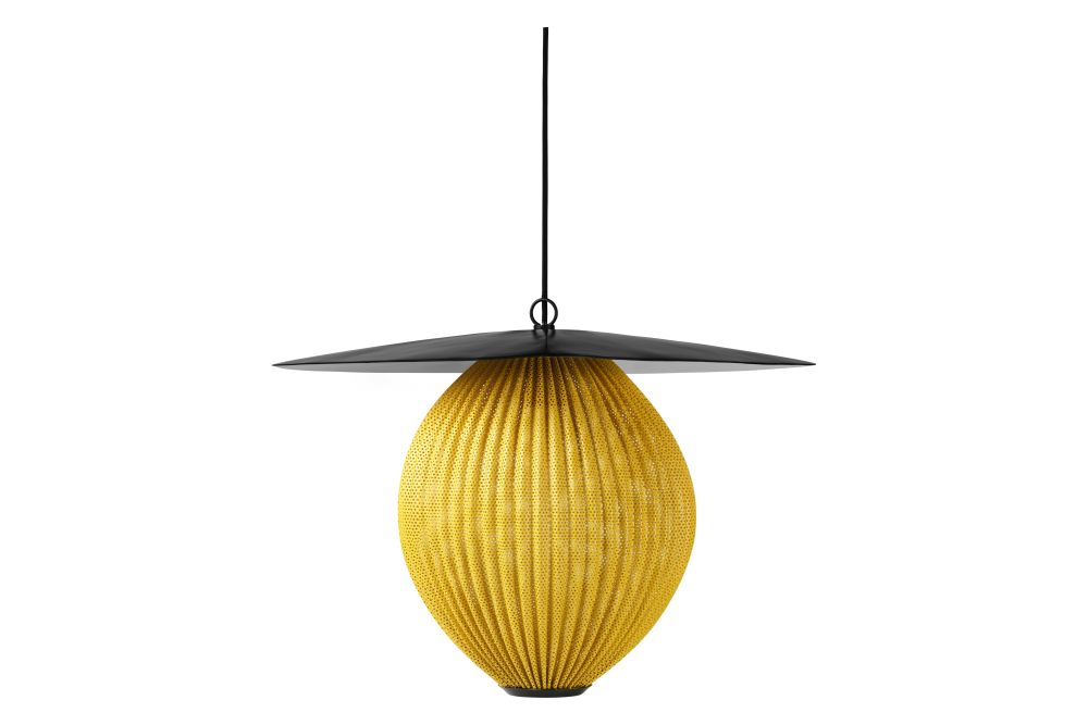 https://res.cloudinary.com/clippings/image/upload/t_big/dpr_auto,f_auto,w_auto/v1554123351/products/satellite-pendant-light-gubi-mathieu-mat%C3%A9got-clippings-11177800.jpg
