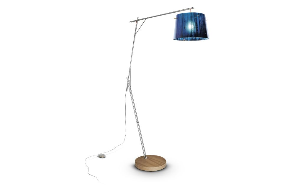 https://res.cloudinary.com/clippings/image/upload/t_big/dpr_auto,f_auto,w_auto/v1554285610/products/woody-floor-lamp-slamp-luca-mazza-clippings-11182896.jpg