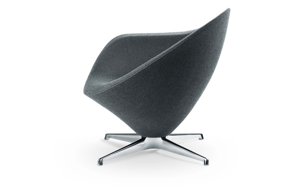 https://res.cloudinary.com/clippings/image/upload/t_big/dpr_auto,f_auto,w_auto/v1554446382/products/petit-plateau-lounge-chair-engelbrechts-erik-magnussen-clippings-11183854.jpg