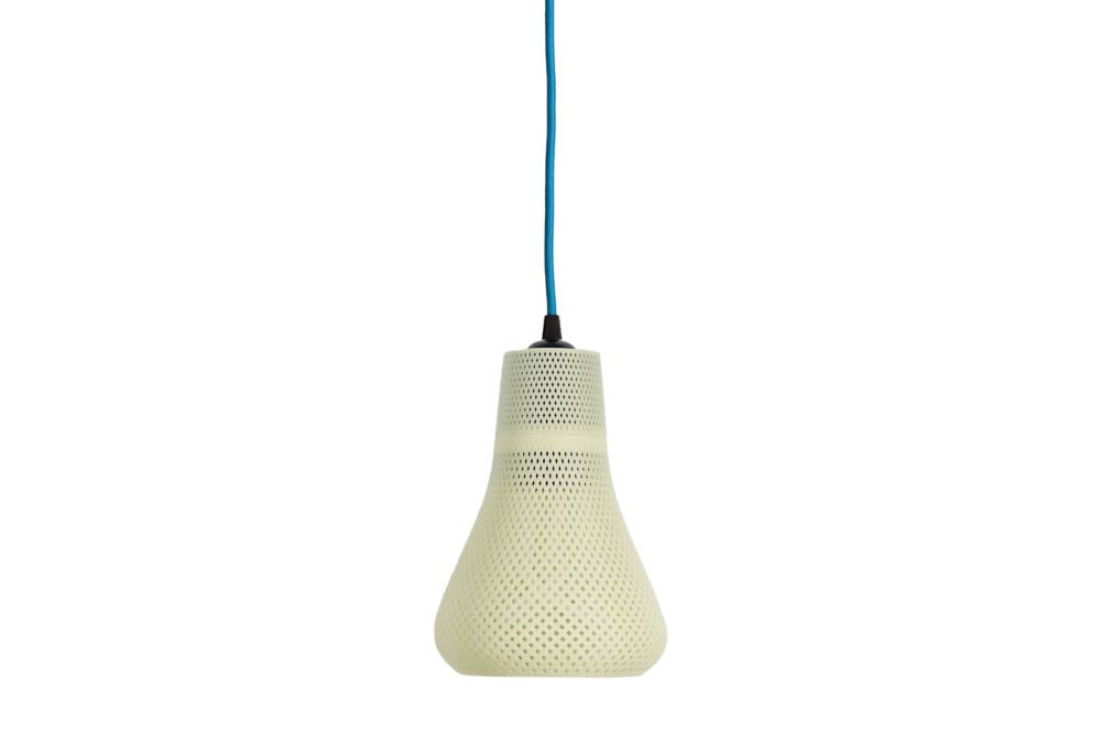 https://res.cloudinary.com/clippings/image/upload/t_big/dpr_auto,f_auto,w_auto/v1554886478/products/kayan-3d-printed-shade-pendant-light-baby-plumen-001-white-plumen-clippings-11186032.jpg