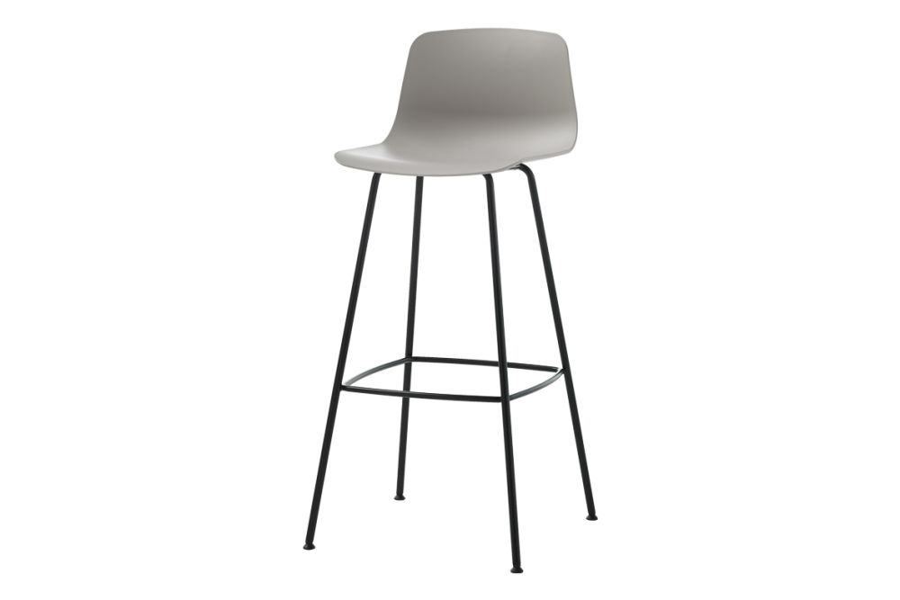 https://res.cloudinary.com/clippings/image/upload/t_big/dpr_auto,f_auto,w_auto/v1554965148/products/varya-4-legs-barstool-inclass-simon-pengelly-clippings-11186373.jpg