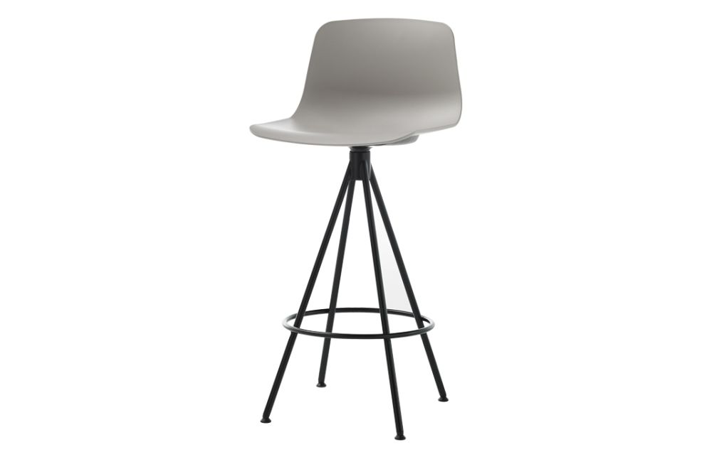 https://res.cloudinary.com/clippings/image/upload/t_big/dpr_auto,f_auto,w_auto/v1554966260/products/varya-barstool-4-spoke-swivel-base-inclass-simon-pengelly-clippings-11186381.jpg