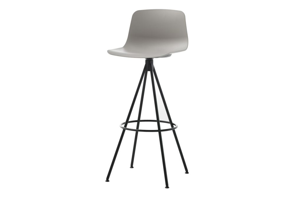 https://res.cloudinary.com/clippings/image/upload/t_big/dpr_auto,f_auto,w_auto/v1554966260/products/varya-barstool-4-spoke-swivel-base-inclass-simon-pengelly-clippings-11186382.jpg