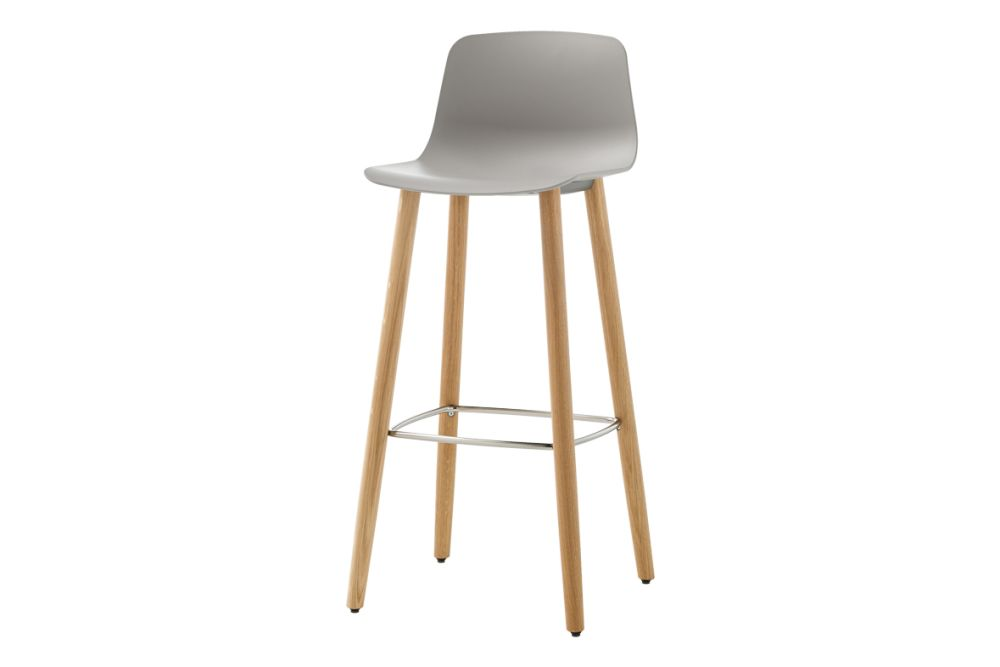 https://res.cloudinary.com/clippings/image/upload/t_big/dpr_auto,f_auto,w_auto/v1554966519/products/varya-barstool-4-wooden-base-inclass-simon-pengelly-clippings-11186385.jpg