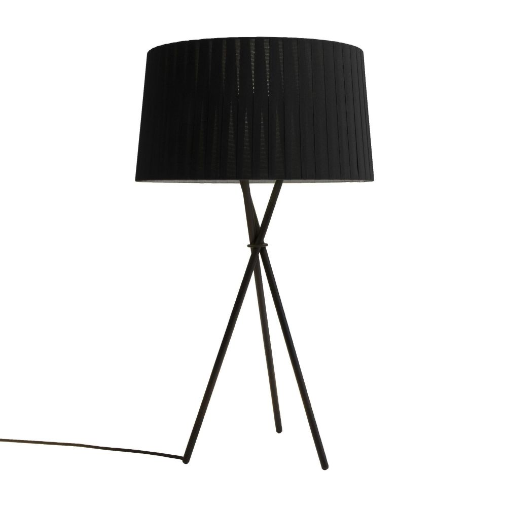 https://res.cloudinary.com/clippings/image/upload/t_big/dpr_auto,f_auto,w_auto/v1555072792/products/tr%C3%ADpode-g6-table-lamp-santa-cole-santa-cole-team-clippings-11186868.jpg