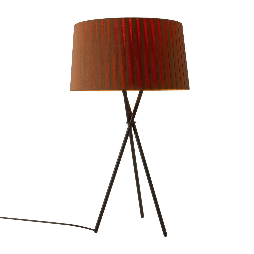 https://res.cloudinary.com/clippings/image/upload/t_big/dpr_auto,f_auto,w_auto/v1555072792/products/tr%C3%ADpode-g6-table-lamp-santa-cole-santa-cole-team-clippings-11186869.jpg