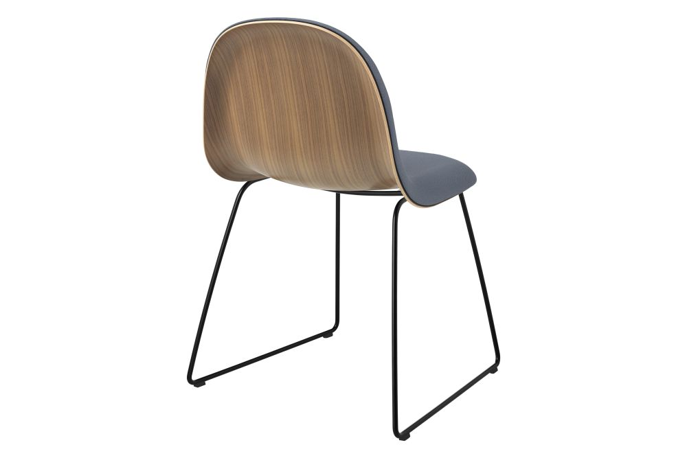 https://res.cloudinary.com/clippings/image/upload/t_big/dpr_auto,f_auto,w_auto/v1555329962/products/3d-dining-chair-front-upholstered-sledge-base-wood-shell-gubi-komplot-design-clippings-11187389.jpg