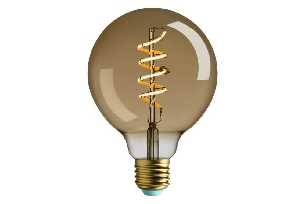 https://res.cloudinary.com/clippings/image/upload/t_big/dpr_auto,f_auto,w_auto/v1555392323/products/whirly-wyatt-bulb-plumen-clippings-11187635.jpg