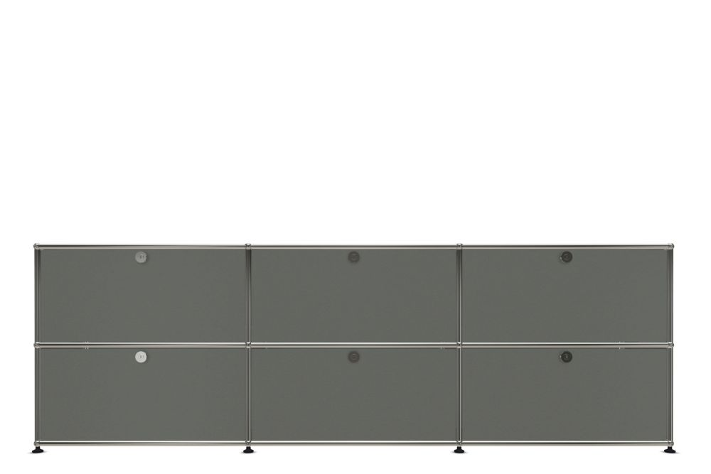 https://res.cloudinary.com/clippings/image/upload/t_big/dpr_auto,f_auto,w_auto/v1556883128/products/usm-70-haller-sideboard-usm-clippings-11197922.jpg