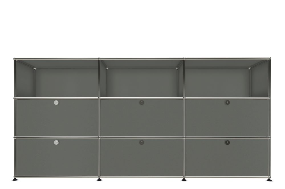 https://res.cloudinary.com/clippings/image/upload/t_big/dpr_auto,f_auto,w_auto/v1556883722/products/usm-80-haller-sideboard-usm-clippings-11197976.jpg