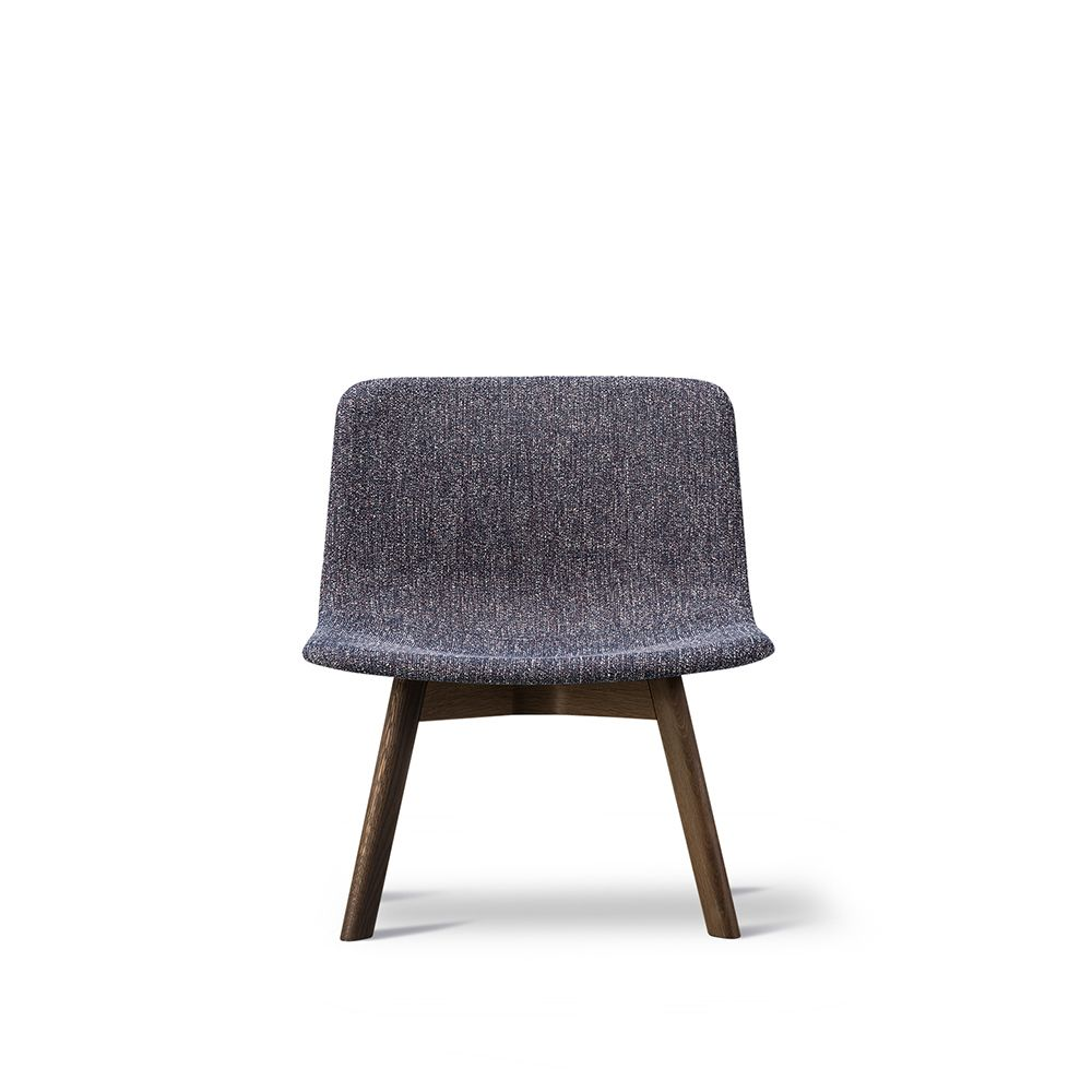 https://res.cloudinary.com/clippings/image/upload/t_big/dpr_auto,f_auto,w_auto/v1557468409/products/pato-lounge-wood-base-chair-fredericia-wellingludvik-clippings-11199791.jpg
