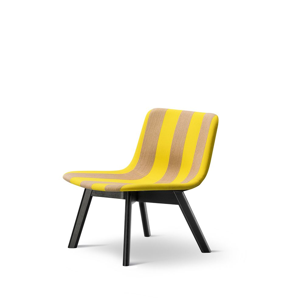 https://res.cloudinary.com/clippings/image/upload/t_big/dpr_auto,f_auto,w_auto/v1557468409/products/pato-lounge-wood-base-chair-fredericia-wellingludvik-clippings-11199796.jpg