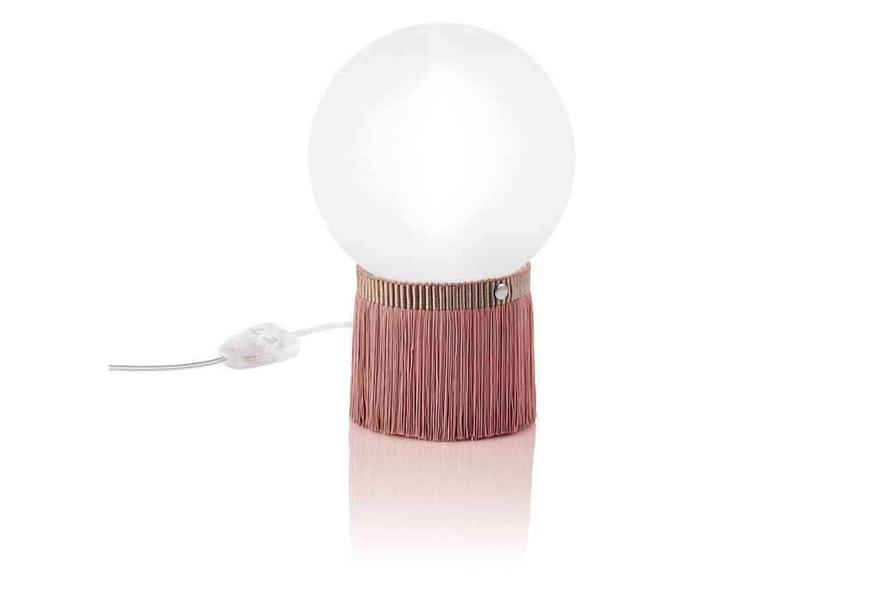 https://res.cloudinary.com/clippings/image/upload/t_big/dpr_auto,f_auto,w_auto/v1557476789/products/atmosfera-fringe-table-lamp-rose-small-slamp-lorenza-bozzoli-clippings-11198554.jpg