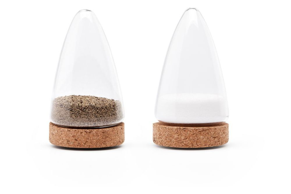 https://res.cloudinary.com/clippings/image/upload/t_big/dpr_auto,f_auto,w_auto/v1557481277/products/boeien-salt-and-pepper-set-puik-ka-lai-chan-clippings-11199925.jpg