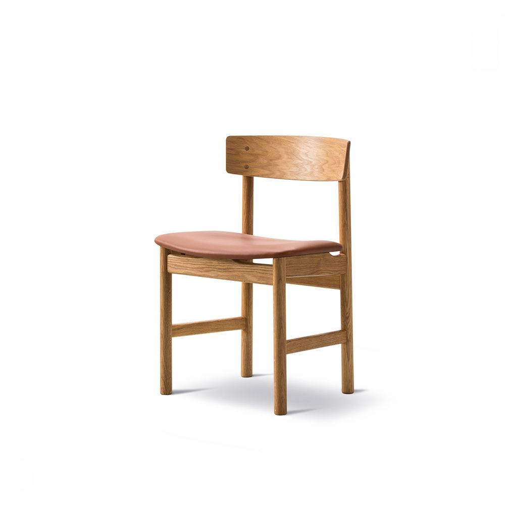 https://res.cloudinary.com/clippings/image/upload/t_big/dpr_auto,f_auto,w_auto/v1557748983/products/mogensen-3236-chair-fredericia-b%C3%B8rge-mogensen-clippings-11201320.jpg