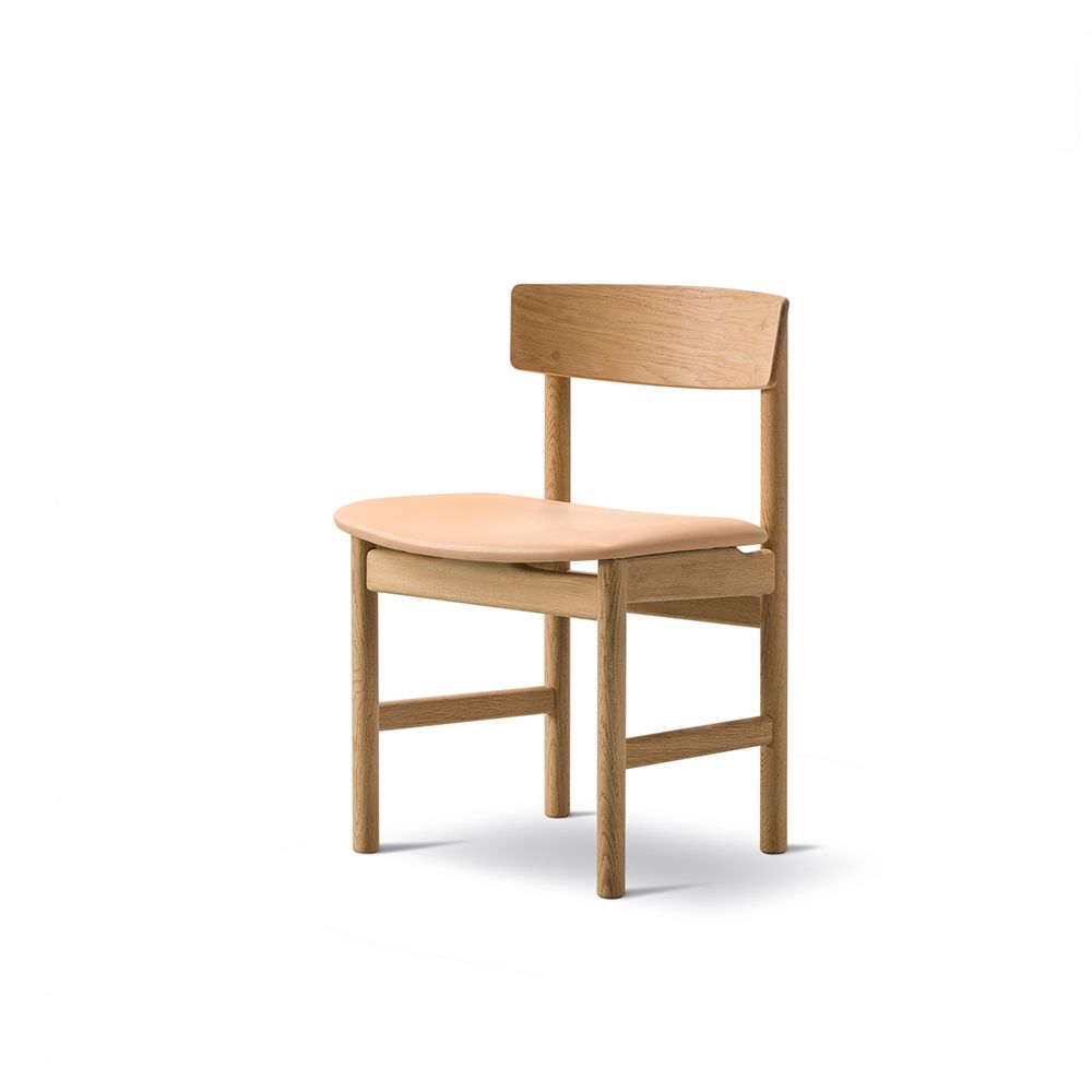 https://res.cloudinary.com/clippings/image/upload/t_big/dpr_auto,f_auto,w_auto/v1557748983/products/mogensen-3236-chair-fredericia-b%C3%B8rge-mogensen-clippings-11201322.jpg