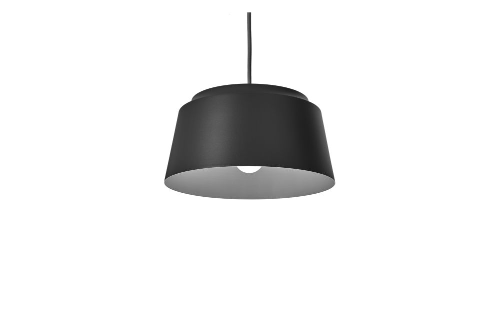https://res.cloudinary.com/clippings/image/upload/t_big/dpr_auto,f_auto,w_auto/v1557830981/products/groove-pendant-light-puik-ilias-ernst-clippings-11201780.jpg