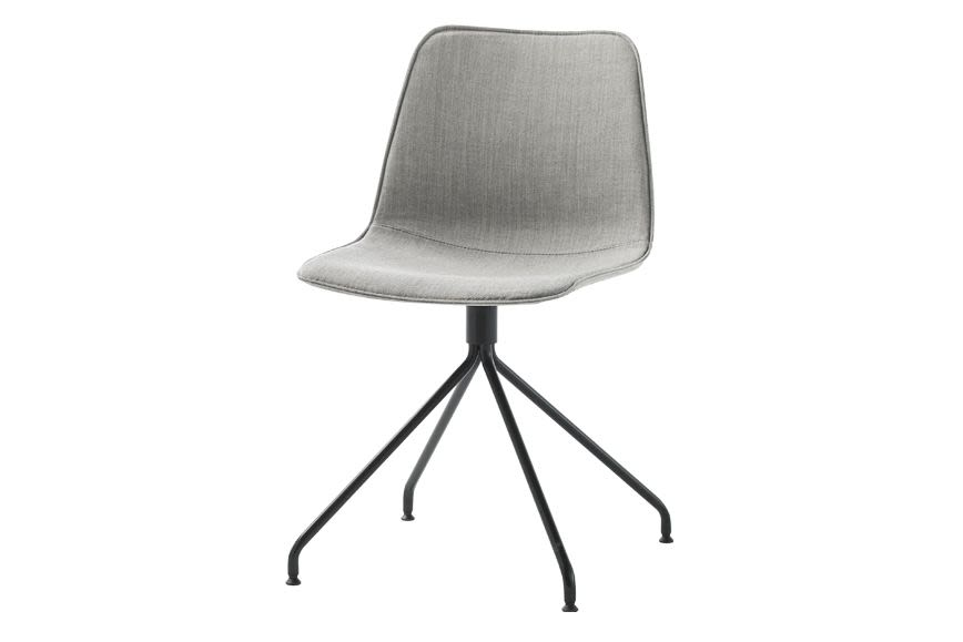 https://res.cloudinary.com/clippings/image/upload/t_big/dpr_auto,f_auto,w_auto/v1557831071/products/varya-tapiz-dining-chair-4-spoke-swivel-base-pricegrp-c1-colour-w01-white-inclass-simon-pengelly-clippings-11201745.jpg