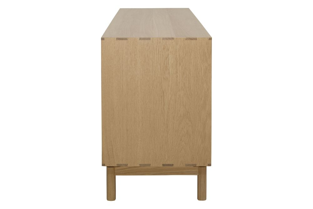 https://res.cloudinary.com/clippings/image/upload/t_big/dpr_auto,f_auto,w_auto/v1557901517/products/modulo-large-cabinet-ercol-clippings-11202264.jpg