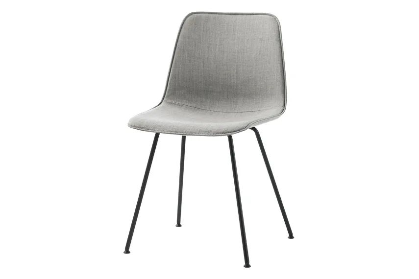 https://res.cloudinary.com/clippings/image/upload/t_big/dpr_auto,f_auto,w_auto/v1557904894/products/varya-tapiz-dining-chair-4-legs-non-stackable-inclass-simon-pengelly-clippings-11202312.webp
