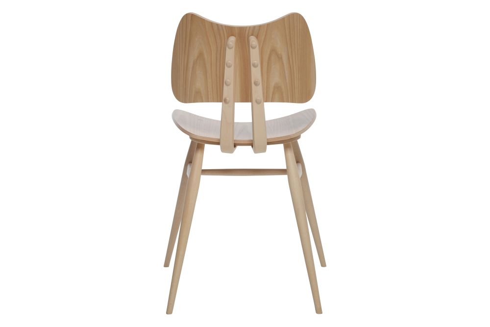 https://res.cloudinary.com/clippings/image/upload/t_big/dpr_auto,f_auto,w_auto/v1557906182/products/originals-butterfly-chair-ercol-clippings-10972801.jpg