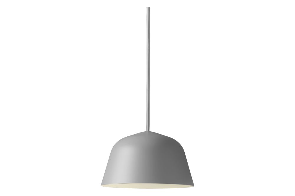 https://res.cloudinary.com/clippings/image/upload/t_big/dpr_auto,f_auto,w_auto/v1557906440/products/ambit-pendant-light-small-set-of-2-muuto-taf-studio-clippings-11202336.jpg