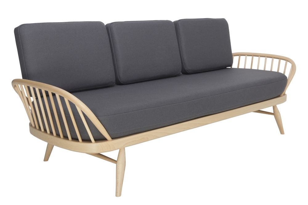 https://res.cloudinary.com/clippings/image/upload/t_big/dpr_auto,f_auto,w_auto/v1557906757/products/originals-studio-couch-ercol-clippings-10972771.jpg