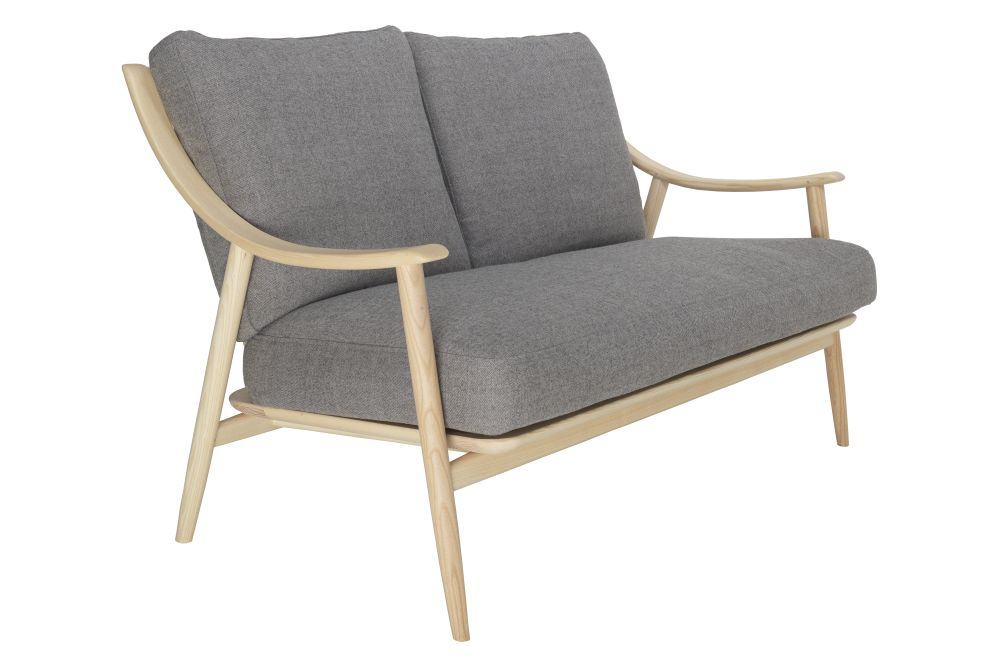 https://res.cloudinary.com/clippings/image/upload/t_big/dpr_auto,f_auto,w_auto/v1557907597/products/marino-2-seater-sofa-ercol-clippings-11202367.jpg