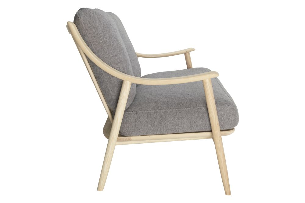 https://res.cloudinary.com/clippings/image/upload/t_big/dpr_auto,f_auto,w_auto/v1557907601/products/marino-2-seater-sofa-ercol-clippings-10997061.jpg