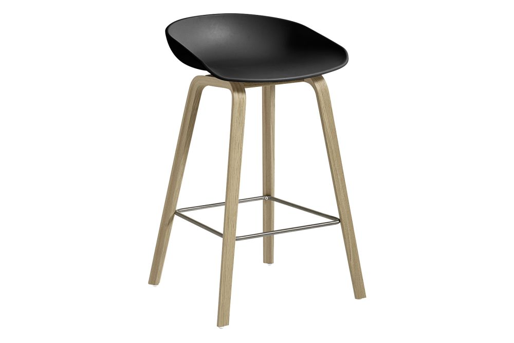 https://res.cloudinary.com/clippings/image/upload/t_big/dpr_auto,f_auto,w_auto/v1558104998/products/aas-32-low-stool-hay-hee-welling-clippings-11204580.jpg