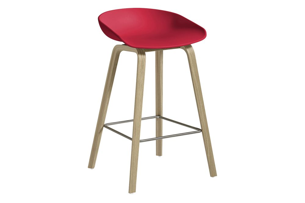 https://res.cloudinary.com/clippings/image/upload/t_big/dpr_auto,f_auto,w_auto/v1558104998/products/aas-32-low-stool-hay-hee-welling-clippings-11204582.jpg