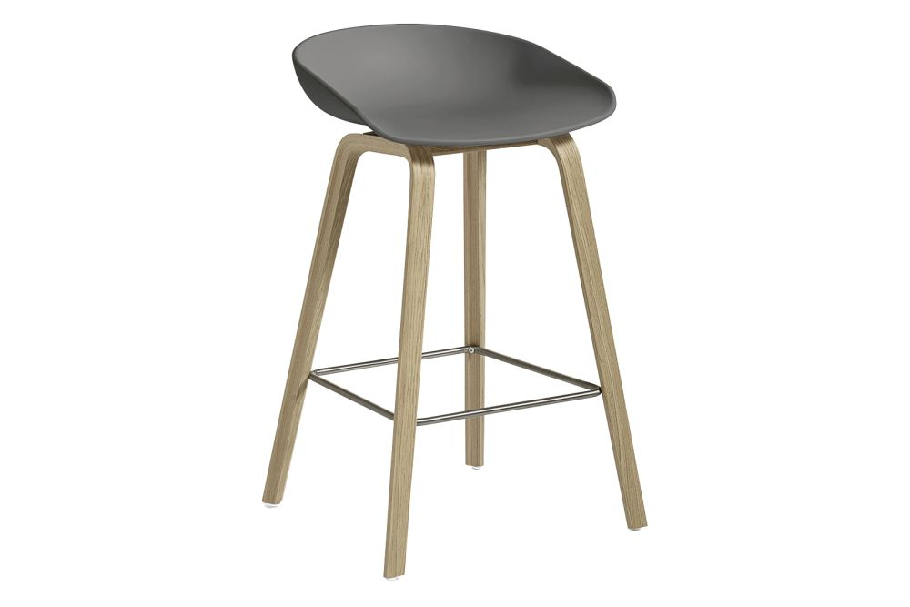 https://res.cloudinary.com/clippings/image/upload/t_big/dpr_auto,f_auto,w_auto/v1558104998/products/aas-32-low-stool-hay-hee-welling-clippings-11204585.jpg