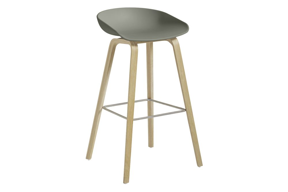 https://res.cloudinary.com/clippings/image/upload/t_big/dpr_auto,f_auto,w_auto/v1558341645/products/aas-32-high-stool-hay-hee-welling-clippings-11204709.jpg