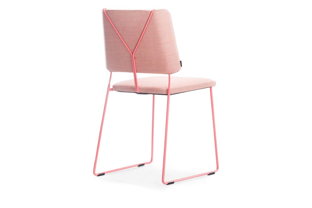 https://res.cloudinary.com/clippings/image/upload/t_big/dpr_auto,f_auto,w_auto/v1558509111/products/frankie-09-46-chair-sled-base-johanson-f%C3%A4rg-blanche-clippings-11211095.jpg