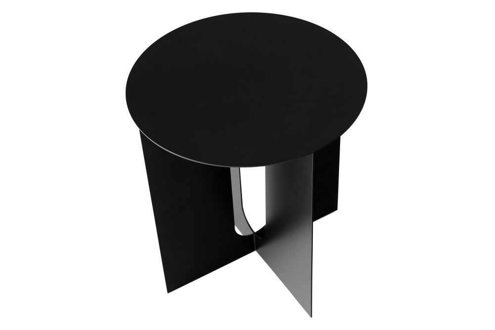 https://res.cloudinary.com/clippings/image/upload/t_big/dpr_auto,f_auto,w_auto/v1558605858/products/androgyne-side-table-menu-danielle-siggerud-clippings-11211920.jpg
