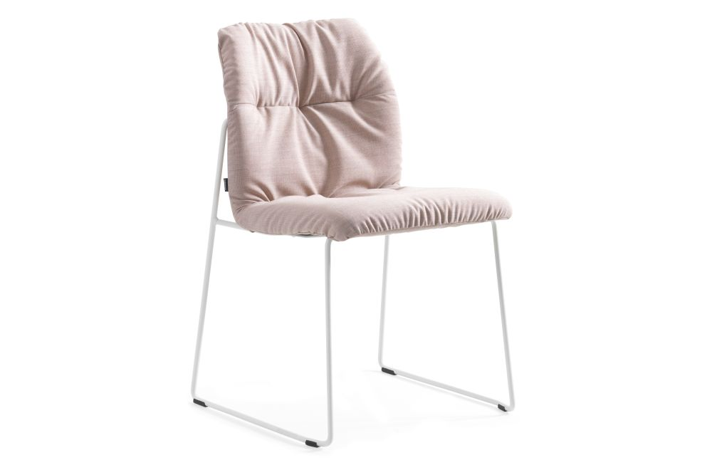 https://res.cloudinary.com/clippings/image/upload/t_big/dpr_auto,f_auto,w_auto/v1558613808/products/haddoc-shell-09-46-chair-sled-base-johanson-johan-lindst%C3%A9n-clippings-11212010.jpg