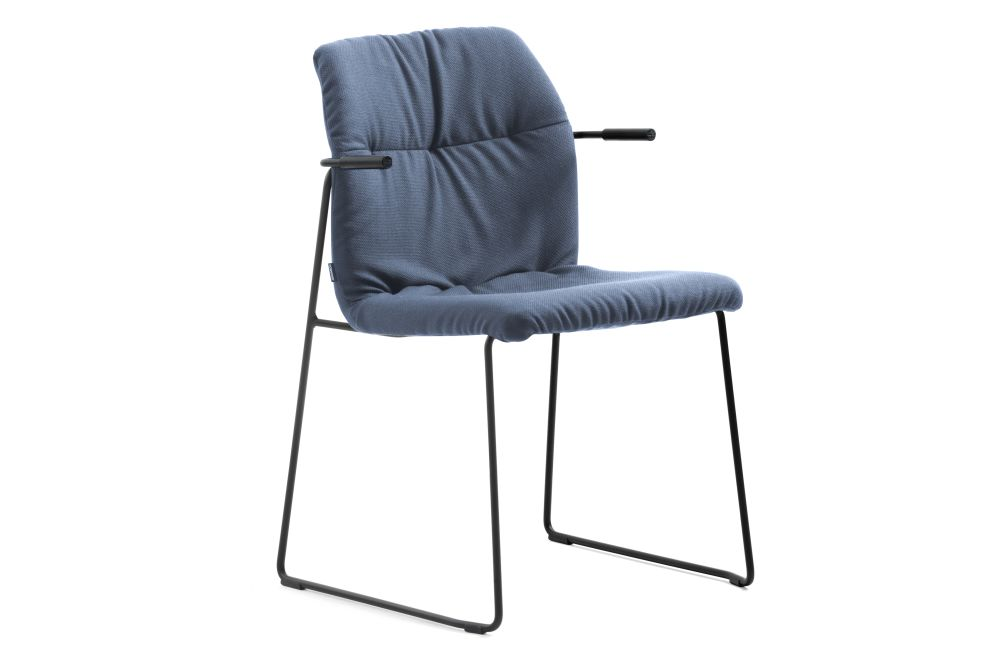 https://res.cloudinary.com/clippings/image/upload/t_big/dpr_auto,f_auto,w_auto/v1558614178/products/haddoc-shell-09-46-armchair-sled-base-johanson-johan-lindst%C3%A9n-clippings-11212013.jpg