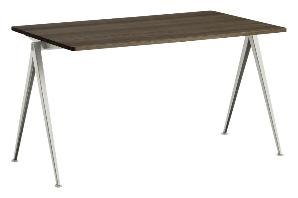 https://res.cloudinary.com/clippings/image/upload/t_big/dpr_auto,f_auto,w_auto/v1558617744/products/pyramid-01-dining-table-hay-wim-rietveld-clippings-11212048.jpg