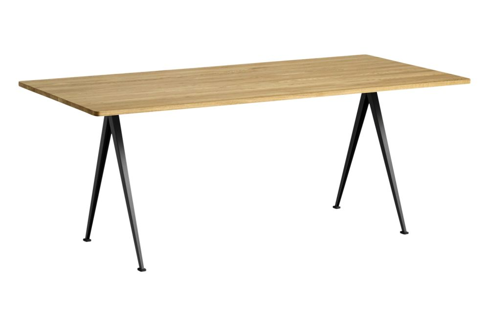 https://res.cloudinary.com/clippings/image/upload/t_big/dpr_auto,f_auto,w_auto/v1558621595/products/pyramid-02-dining-table-hay-wim-rietveld-clippings-11212131.jpg