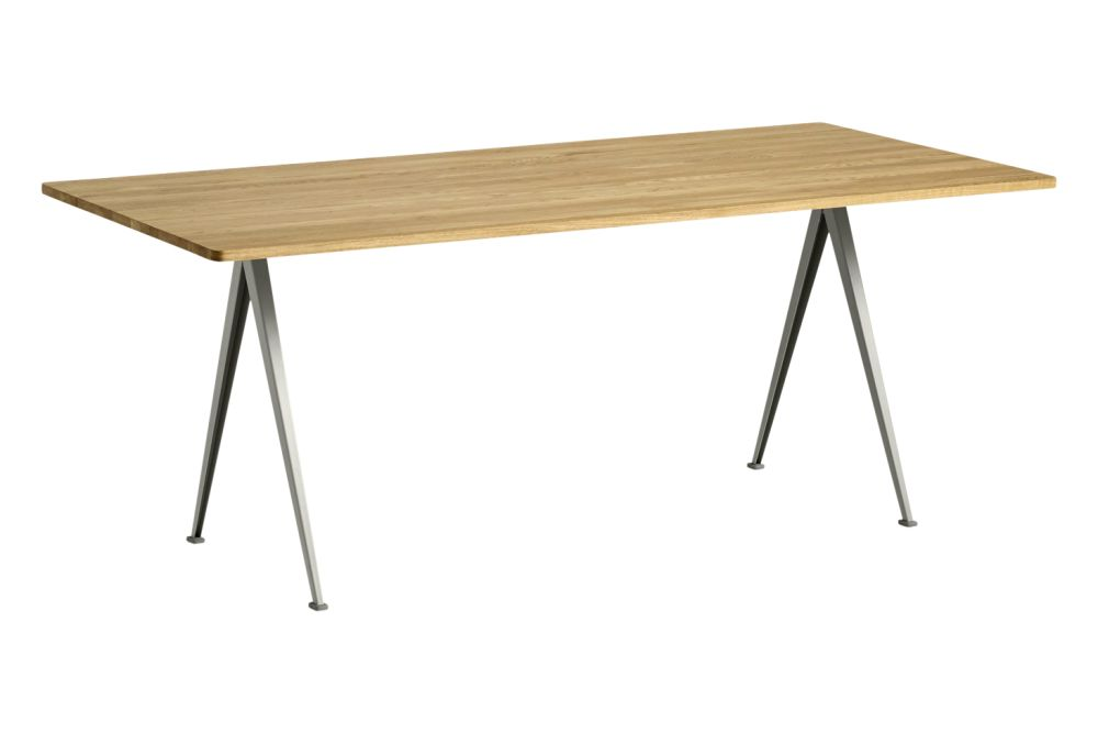 https://res.cloudinary.com/clippings/image/upload/t_big/dpr_auto,f_auto,w_auto/v1558621737/products/pyramid-02-dining-table-hay-wim-rietveld-clippings-11212136.jpg