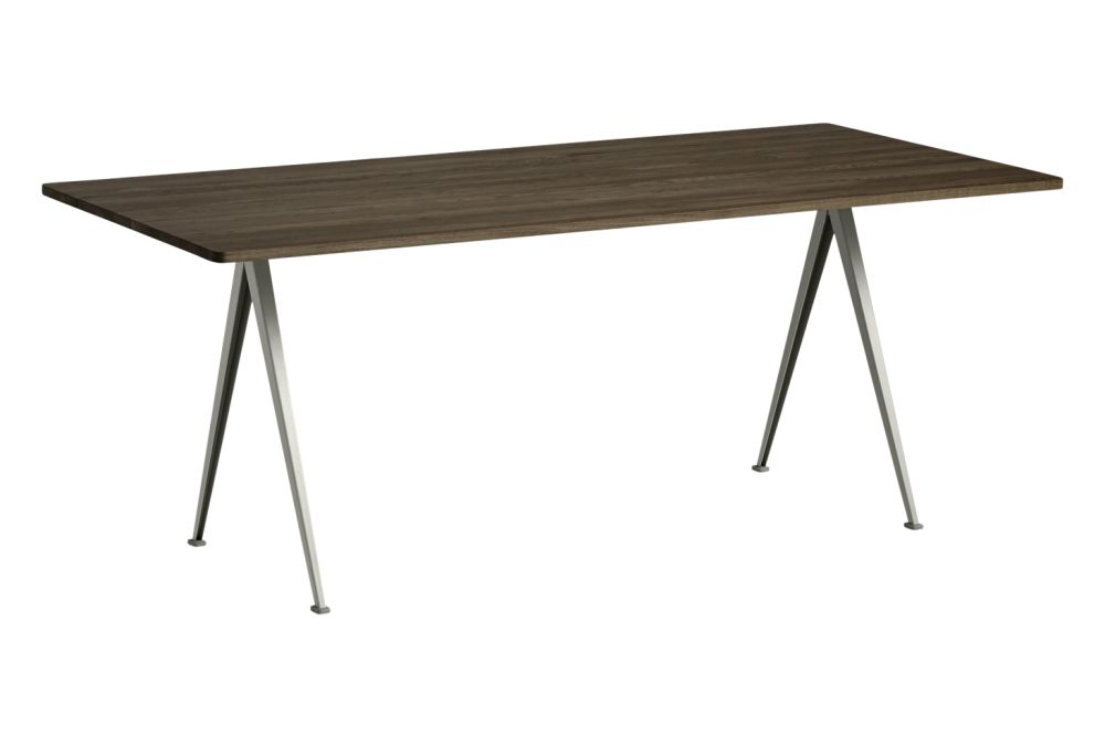 https://res.cloudinary.com/clippings/image/upload/t_big/dpr_auto,f_auto,w_auto/v1558621743/products/pyramid-02-dining-table-hay-wim-rietveld-clippings-11212139.jpg