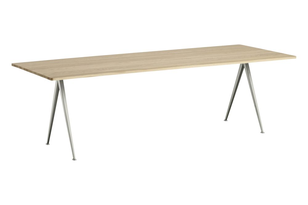 https://res.cloudinary.com/clippings/image/upload/t_big/dpr_auto,f_auto,w_auto/v1558621750/products/pyramid-02-dining-table-hay-wim-rietveld-clippings-11212145.jpg