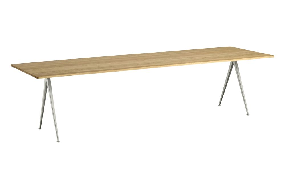 https://res.cloudinary.com/clippings/image/upload/t_big/dpr_auto,f_auto,w_auto/v1558621755/products/pyramid-02-dining-table-hay-wim-rietveld-clippings-11212149.jpg