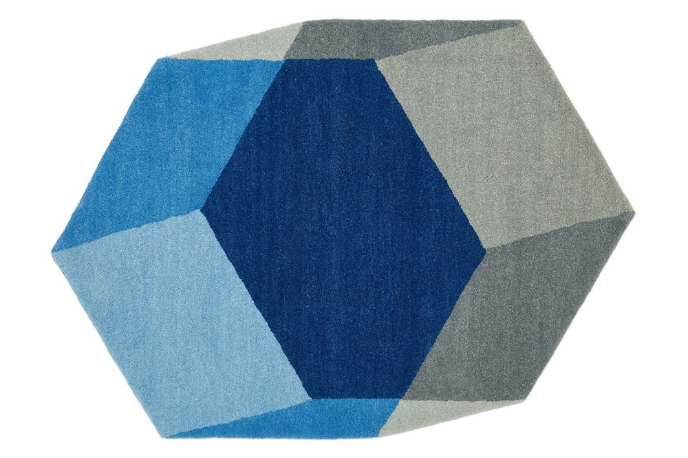 https://res.cloudinary.com/clippings/image/upload/t_big/dpr_auto,f_auto,w_auto/v1558947135/products/iso-rug-hexagon-dark-blue-puik-tineke-beunders-nathan-wierink-clippings-11201882.jpg