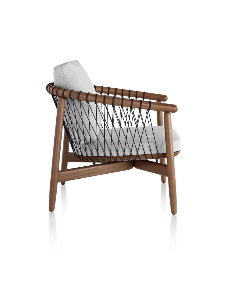 https://res.cloudinary.com/clippings/image/upload/t_big/dpr_auto,f_auto,w_auto/v1560719369/products/crosshatch-chair-herman-miller-eoos-studio-clippings-11230516.jpg