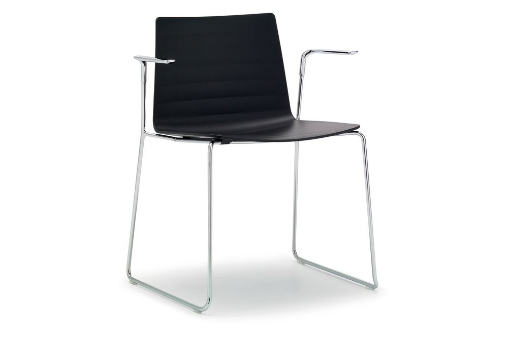 https://res.cloudinary.com/clippings/image/upload/t_big/dpr_auto,f_auto,w_auto/v1560846006/products/flex-unupholstered-armchair-sled-base-set-of-2-thermo-polymer-finish-6000-steel-finish-crb-andreu-world-piergiorgio-cazzaniga-clippings-11231036.jpg