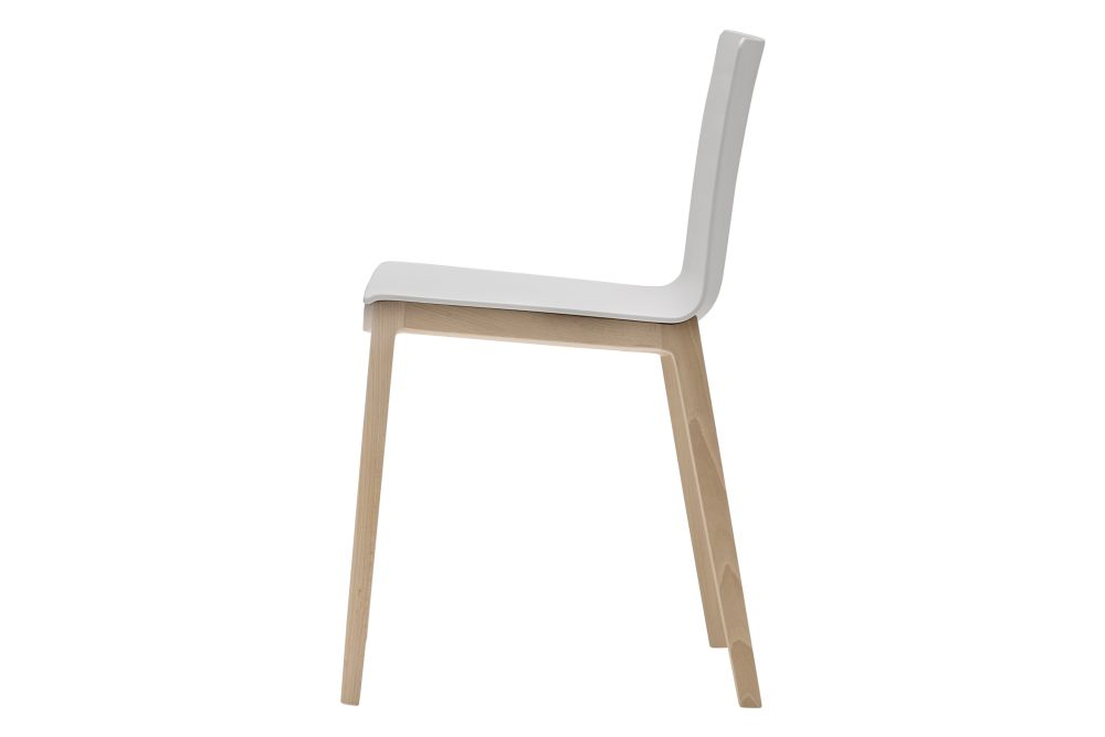 https://res.cloudinary.com/clippings/image/upload/t_big/dpr_auto,f_auto,w_auto/v1560848226/products/flex-unupholstered-chair-4-leg-base-set-of-2-andreu-world-piergiorgio-cazzaniga-clippings-11231069.jpg