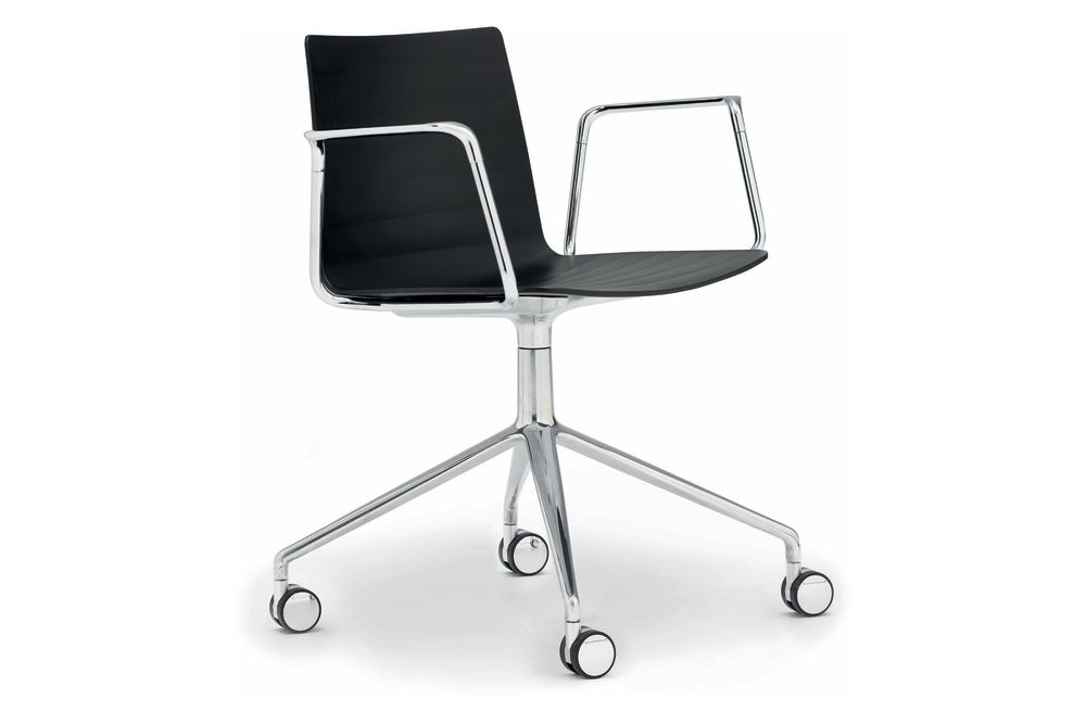 Flex Swivel Base Chair with Arms and Castors by Andreu World
