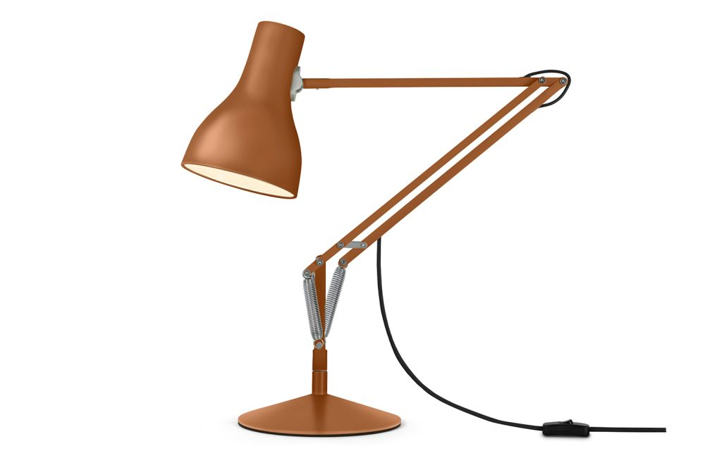 https://res.cloudinary.com/clippings/image/upload/t_big/dpr_auto,f_auto,w_auto/v1561021475/products/type-75-desk-lamp-margaret-howell-edition-anglepoise-kenneth-grange-clippings-11232824.jpg